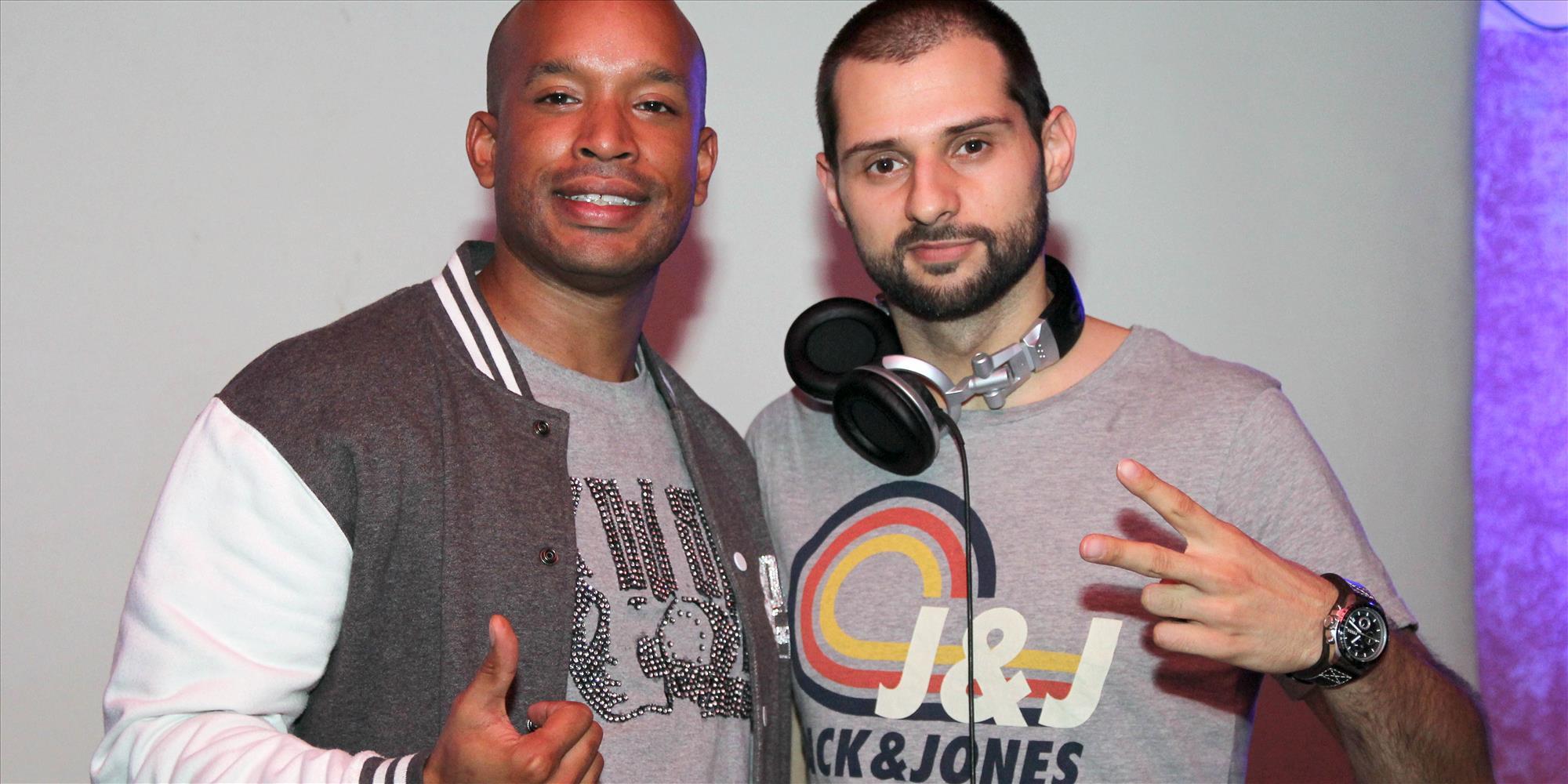 DJ SIM und DJ Paint rockten die Alte Druckerei. Foto: Björn Othlinghaus