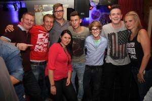 """Fans von Black-Club-Sounds waren in der """"Alten Druckerei"""" goldrichtig. Foto: Björn Othlinghaus"""