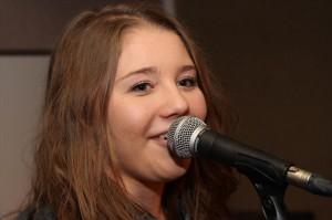 "Nora Bramey, Sängerin bei ""Other Side"" (Foto: Björn Othlinghaus)"