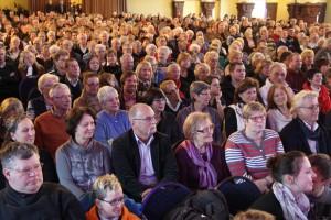Die Lüdenscheider Schützenhalle war bis auf den letzten Platz gefüllt. (Foto: Björn Othlinghaus)