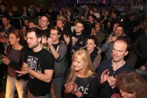 Auch das zahlreich erschienene Publikum ließ sich von der neuen Combo begeistern. (Foto: Björn Othlinghaus)