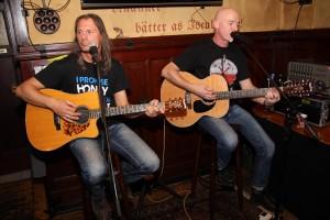 Dos Hombres rockten den Reidemeister. (Foto: Björn Othlinghaus)