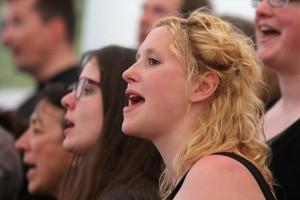 "Singen mit Leidenschaft im Chor ""Living Gospel"". (Foto: Björn Othlinghaus)"