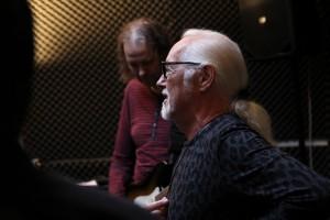 Einer der Gastmusiker beim Konzert am 8. August 2015 ist Richard Hagel, Frontmann der PeeWee Bluesgang. (Foto: Björn Othlinghaus)
