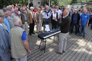 Der MGV Union Oberrahmede war mit Vize-Chorleiter Horst Mandt gekommen. (Foto: Björn Othlinghaus)