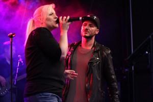 Susanne Redding und Angelo Della Fera sangen gemeinsam einen Song von Eros Ramazotti. (Foto: Björn Othlinghaus)