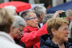 Freuen konnte sich, wer ein Handy dabei hatte, um das Ereignis fotografisch oder filmisch festzuhalten. (Foto: Björn Othlinghaus)