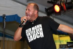 """""""Der Mann hinter dem Bauch"""" lässt die Sau raus. (Foto: Björn Othlinghaus)"""
