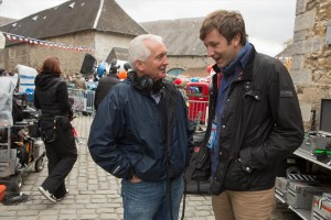 Regisseur Stephen Frears (links) am Set mit Chris O'Dowd. (Foto: Studiocanal)