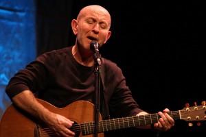 Kieran Goss, einer der erfolgreichsten Musiker in seiner Heimat Irland, stand zum zweiten Mal in Lüdenscheid auf der Bühne. (Foto: Björn Othlinghaus)