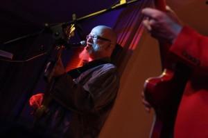 Gero Drnek, bei Fury in the Slaughterhouse Keyboarder und Gitarrist. (Foto: Björn Othlinghaus)