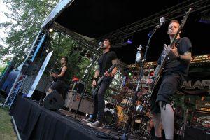 Als Support-Act überzeugten die Punk-Rocker von Kalapi. (Foto: Björn Othlinghaus)