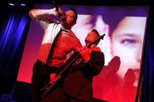 Carsten Kriegler und André Lelittko auf der CD-Relaese-Party in Bochum-Langendreer. (Foto: Björn Othlinghaus)