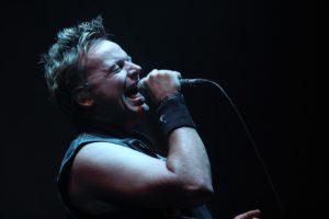 Mirko Bäumer, Sänger der Queen-Kings, absolvierte seinen letzten Auftritt mit der Band. (Foto: Björn Othlinghaus)