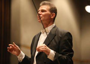 Thomas Grote ist der Leiter des Märkischen Jugendsinfonieorchesters. (Foto: Hendrik Klein/Märkischer Kreis)