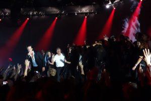 Die Fans durften zum Meister auf die Bühne. (Foto: Björn Othlinghaus)
