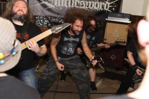 Melodic Death Metal gab es bei Battlesword. (Foto: Björn Othlinghaus)