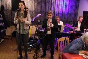 Die Band iJazz bei einer Veranstaltung der Lüdenscheider Altstadtbühne. (Foto: Björn Othlinghaus)