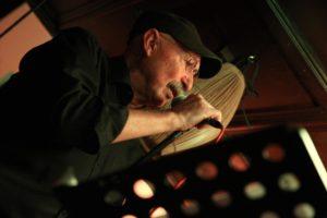 Frontmann Udo Golombek ist das einzige verbliebene Gründungsmitglied der Formation. (Foto: Björn Othlinghaus)