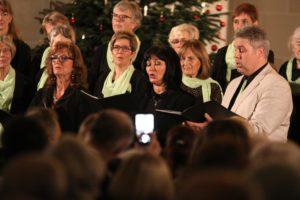 Die drei Chorleiter bildeten im Rahmen einer Darbietung ein Gesangstrio. (Foto: Björn Othlinghaus)