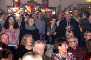 Beste Stimmung im Saal des Event-Lokals Dahlmann. (Foto: Björn Othlinghaus)
