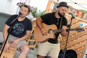 Garanten für gute Unterhaltung: Christian Breddermann und Erkan Besirlioglu. (Foto: Björn Othlinghaus)