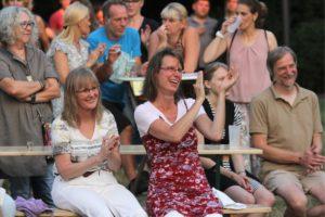 Die Fans genossen den unterhaltsamen Abend. (Foto: Björn Othlinghaus)(Foto: Björn Othlinghaus)