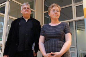 Eric T. Hansen und Astrid Ule ergänzen sich als Krimi-Autoren prächtig. (Foto: Björn Othlinghaus)
