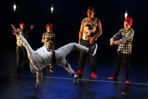 Nach dem Hauptprogramm zeigten die Lüdenscheider Kids im Rahmen eines Hip-Hop-Jam noch einmal ihr Können. (Foto: Björn Othlinghaus)