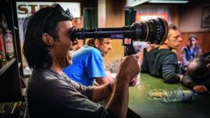 Regisseur Fatih Akin bei den Dreharbeiten. (Foto: Warner)