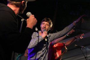 Der Halveraner Musiker Robin Brunsmeier alias Binyo stand beim Festival nicht nur auf der Bühne, sondern ist auch der maßgebliche Organisator des Music-Fever-Festivals. (Foto: Björn Othlinghaus)