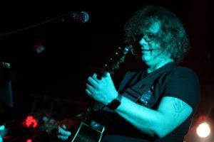 Steve H. Sevens, Gitarrist von Lay Back Revival. (Foto: Björn Othlinghaus)
