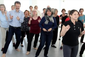 Auch der Spaß kommt bei dem gemeinsamen Tanzprojekt nicht zu kurz. (Foto: Björn Othlinghaus)