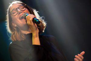 Katja Zimmermann, die unter anderem aus der christlichen Musikszene bekannt ist. (Foto: Claudia Börner)