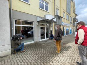 Die Location (ehemals Ronjas Bistro) wird auch von außen wieder ordentlich herausgeputzt. (Foto: Lars Quenzel)